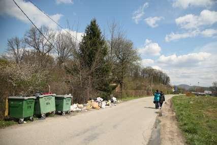 Muke mještana Rakovačkih bara: Divlja deponija potencijalni izvor zaraze (FOTO)