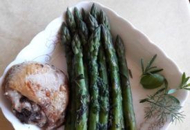 Špargle s prelivom: Najjednostavniji način za pripremu ovog ukusnog i zdravog povrća