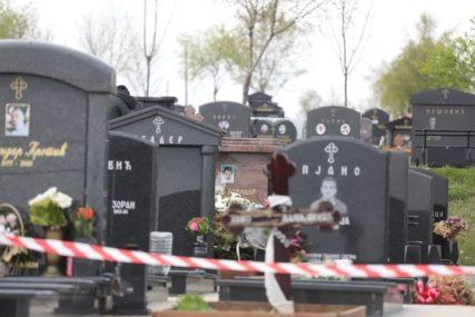 Prije 10 godina izrešetan u narko obračunu: Ko je ubijeni Božidar Nikolić na čijem grobu je danas UPUCAN NJEGOV ROĐAK