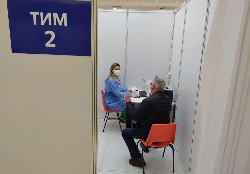 """U hali """"Banjalučkog velesajma"""": Sutra vakcinacija starijih od 65 godina bez zakazivanja"""