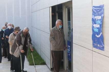 BEZ NARUČIVANJA Početkom maja još jedan krug vakcinacije građana starijih od 65 godina