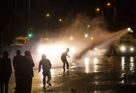 """""""Teška i zabrinjavajuća sedmica"""" Nasilje i sukobi u Sjevernoj Irskoj, povrijeđeno 88 policajaca"""