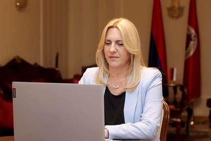 """Cvijanovićeva čestitala praznik """"Kurban-bajram provesti u miru i porodičnoj sreći"""""""