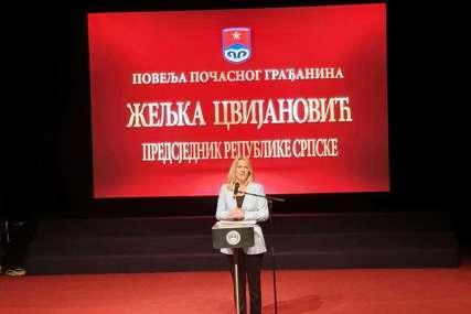 Cvijanović podovom Dana grada Prijedora: Od danas sam ponosna Prijedorčanka (FOTO)