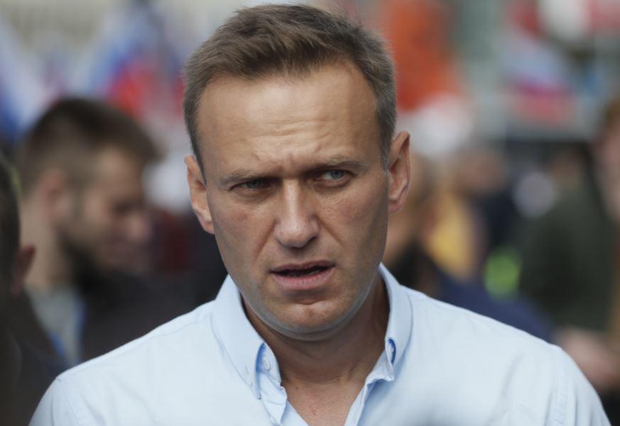 DOBIO MEDICINSKU POMOĆ Navaljni prebačen iz bolnice u zatvor
