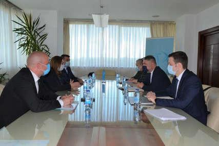 Šeranić i Gudeljevićeva poručili: Obezbijediti priznate kovid potvrde s ciljem nesmetanog kretanja