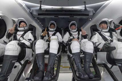 BEZBJEDAN POVRATAK Četvoro astronauta ponovo na Zemlji nakon rekordno duge misije (VIDEO)