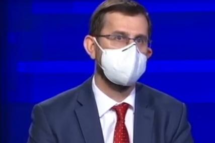 """""""KRV SE PRETVARA U LIJEPAK"""" Dr Crnokrak: Toliko tromboza nisam vidio u 20 godina karijere kao u ovih godinu dana"""