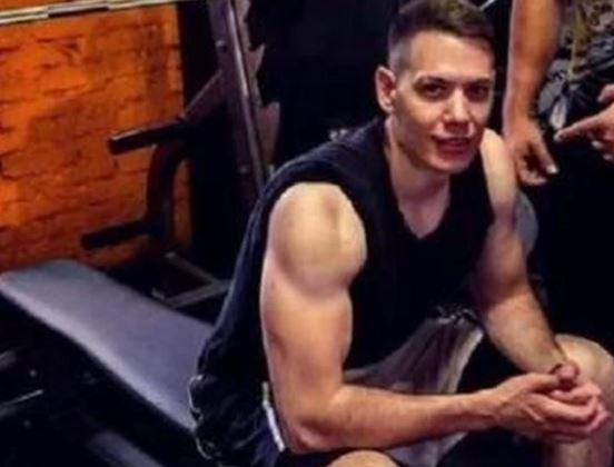 CECIN DEČKO ZGODAN DO BOLA Bogdan pokazao kako održava top formu (VIDEO)