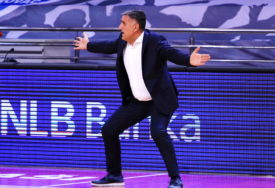 """""""U BEOGRAD NA POBJEDU"""" Trener Igokee Dragan Bajić optimističan nakon pobjede"""