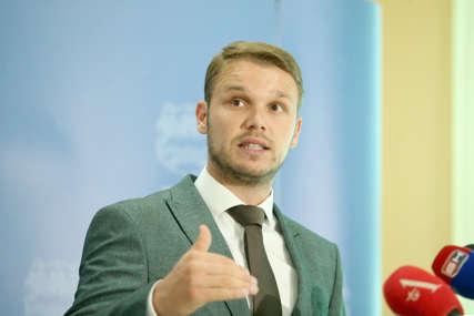 """""""Rješavanje imovinsko-pravnih odnosa NAJVEĆI IZAZOV"""" Stanivuković najavio da se početak gradnje škole u Adi očekuje na jesen"""