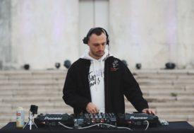 Premijerno emitovan nastup beogradskog DJ-a na Banj brdu