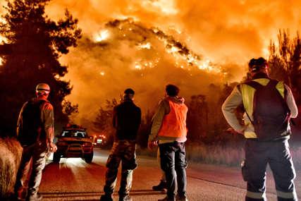 Veliki požar u Grčkoj: Više od 370 kuća oštećeno ili potpuno uništeno