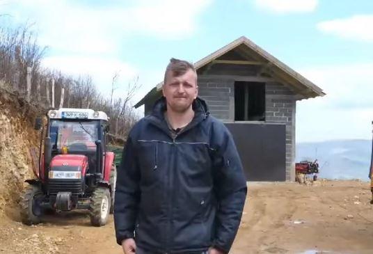 """""""Ljudi, ne šaljite pare, imamo"""" Težak život porodice Babanović koja je stanovala u podrumu bez struje, vode i hrane dirnula je sve"""