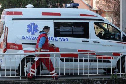 TEŠKO POVRIJEĐEN MOTOCIKLISTA Nakon nesreće prevezen u bolnicu