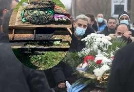 Pjevač otkrio šta se zapravo dogodilo: Oglasio se Darko Lazić nakon požara na očevom grobu