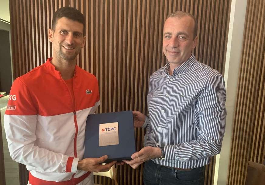 ĐOKOVIĆU PRIZNANJE IZ SRPSKE Milinović: Novak je odlučan da pomogne razvoj tenisa