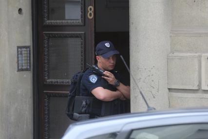 UHAPŠENI SUPRUŽNICI Osumnjičeni da su rođaci iz stana ukrali 300.000 evra
