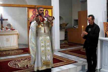 """""""Ne shvatamo kolike ćemo posljedice trpiti"""" Sveta liturgija u hramu Svetog Nikole u Prištini služena bez vjernika"""