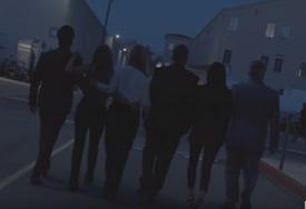 """U novim epizodama serije """"Prijatelji"""" mnoga poznata lica (VIDEO)"""