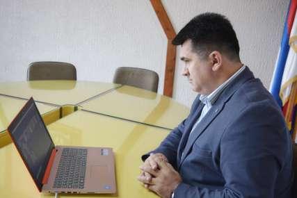 Savić: Suzbiti govor mržnje na društvenim mrežama i internet portalima