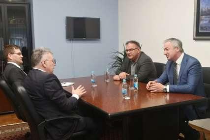 """""""Rusija ima značajnu ulogu u Srpskoj"""" Borenović i Ivanić sa Igorom Kalabuhovim"""