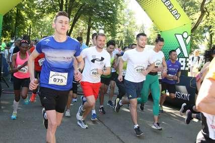 Banjalučka trkačka liga u toku: Sa sportistima odmjerava snage i gradonačelnik Draško Stanivuković (FOTO)