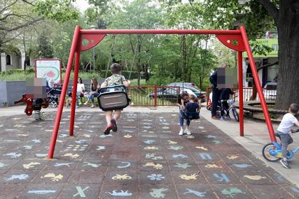 Mišljenja među roditeljima podijeljena: Trebaju li djeca da nauče da čitaju i pišu prije polaska u školu