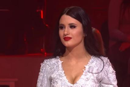 Zbog nje je Saša Popović prekršio pravila: Zorana ima nepunih 16 godina i sinoć je napravila haos u Zvezdama Granda (FOTO)