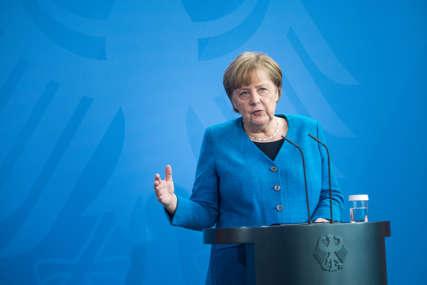 """""""OBNOVITI POLITIČKE PREGOVORE"""" Merkelova i kralj Abdulah podržavaju prekid vatre na Bliskom istoku"""