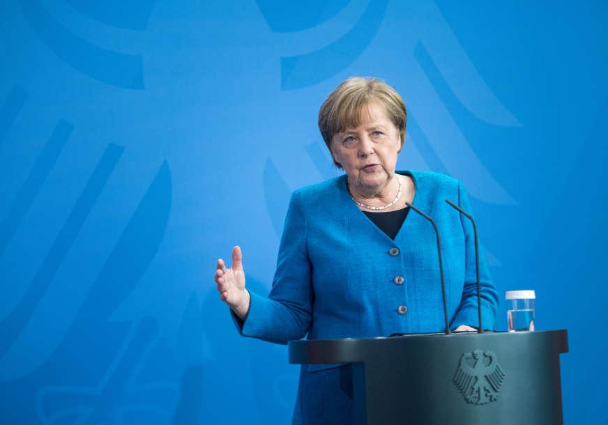 """""""NE SMIJEMO BITI NEMARNI"""" Merkel poručuje da borba sa virusom korona nije još gotova"""