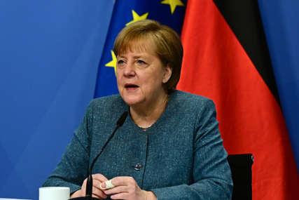 """""""ODGOVORITI NA KAMPANJE DEZINFORMISANJA"""" Merkel poručila da će biti razgovora o Rusiji i Kini"""
