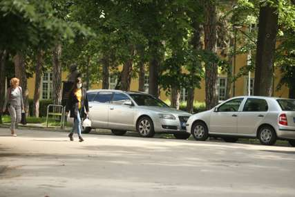 Za tri četverotočkaša platili 1,5 miliona KM: Ovo je najskuplji automobil uvezen u BiH