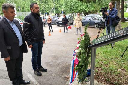 ŽIVOTE IZGUBILO 11 LJUDI U Doboju odata počast poginulim u poplavama 2014. godine