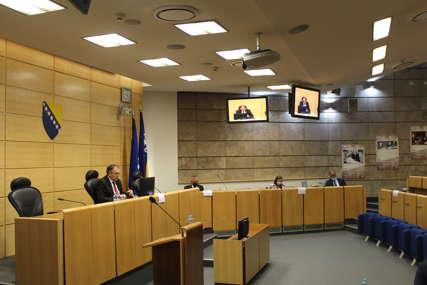 Mijenjaju nacionalnost za fotelju: Da li će novi Izborni zakon zabraniti lažne Srbe, Hrvate i Bošnjake