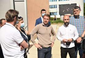 Upotrebnom dozvolom objekat stavljen u funkciju: Gradonačelnik obišao sportsku dvoranu na Starčevici