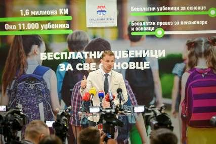 """""""BANJALUKA, PRVA U REGIONU"""" Stanivuković poručuje da je nabavka besplatnih udžbenika za sve osnovce značajan iskorak"""