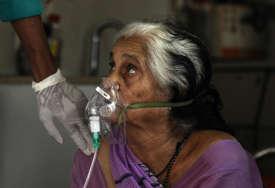 Broj zaraženih prešao 30 miliona: U Indiji za dan više od 50.000 novih slučajeva korone