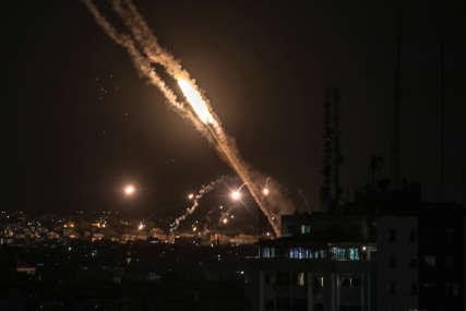 SRUŠENA DŽAMIJA Najmanje 12 ljudi poginulo u napadu na Gazu