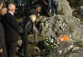 BEZ IMENA POČINILACA ZLOČINA Gradsko vijeće Sarajeva izglasalo tekst za spomenik srpskim žrtvama na Kazanima