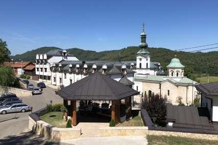 MOBA NIJE ZABORAVLJENA Dobri ljudi i danas dolaze u manastir Tavna da pomažu