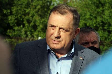 """Dodik najavio sastanak sa zvaničnicima Srbije """"Konsultacije u vezi sa nezakonitim pokušajem postavljanja visokog predstavnika u BiH"""""""