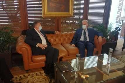 Dodik sa Krivokapićem u Atini: Razgovarano o unapređenju saradnje, posebno u oblasti energetike i infrastrukture