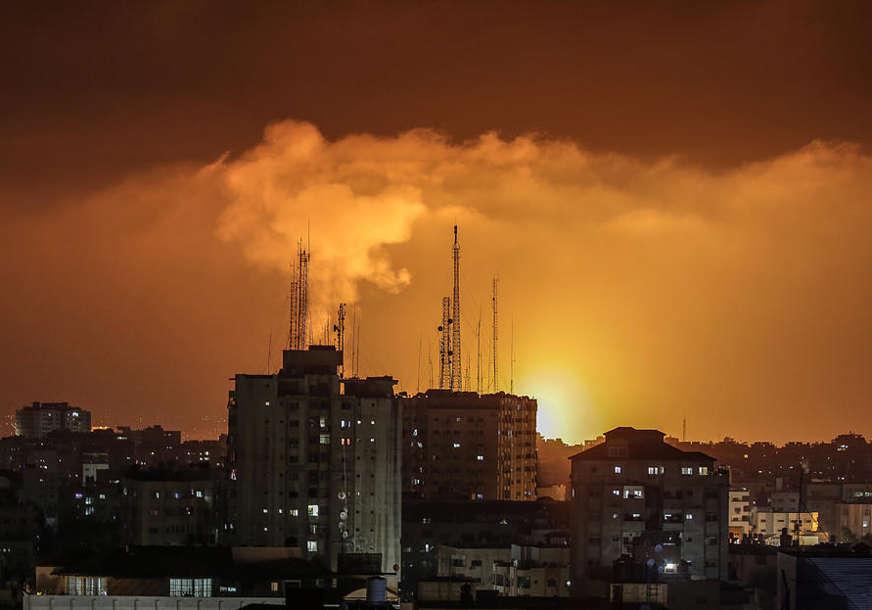 ZGRADA EVAKUISANA Izraelska avijacija srušila soliter od 13 spratova u Gazi