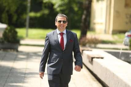 """""""Neprimjeren i seksistički"""" Zaposleni u Narodnoj skupštini Srpske žestoko osudili Vukanovićev video"""
