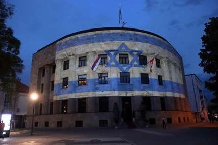 Isticanje zastava DODVORAVANJE VELIKIM SILAMA: Novi sukob u pojasu Gaze podigao tenzije u BiH