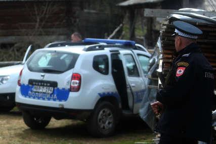 Pretresi u Pelagićevu: Pronađeno nelegalno oružje i municija