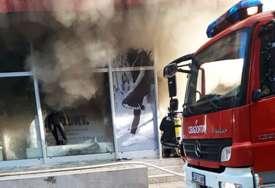 ROBA POTPUNO IZGORJELA Uzrok požara u Doboju najvjerovatnije nesipravna elektroinstalacija