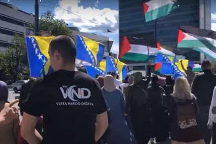 """""""PODRŠKA NARODU PALESTINE"""" Protestna šetnja u Sarajevu (VIDEO)"""