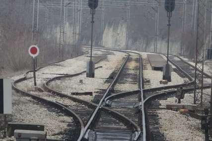 UDARIO JE VOZ Tijelo nestale žene pronađeno pored pruge